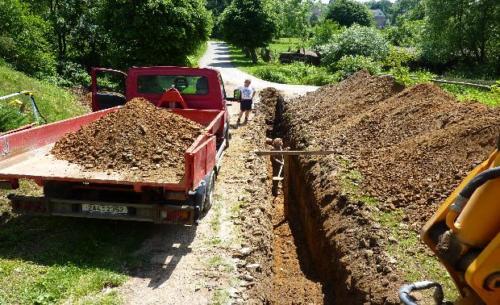 Zemní práce - Bagrování přípojky
