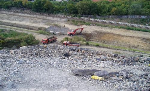 Zemní práce - Bagrování silnice